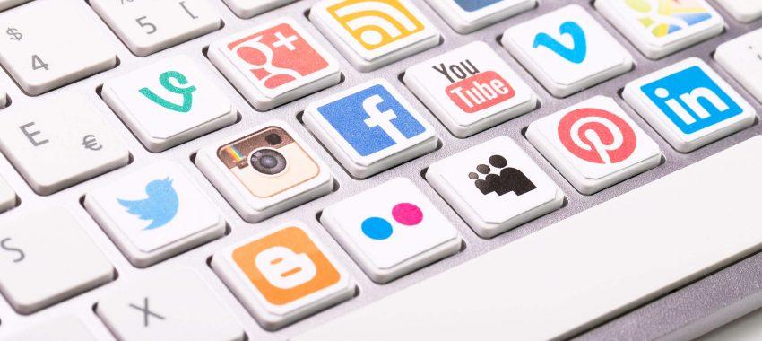 Les 4 raisons des visites sur les réseaux sociaux